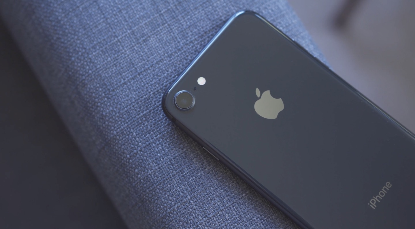 iPhone 8 Space Gray FB