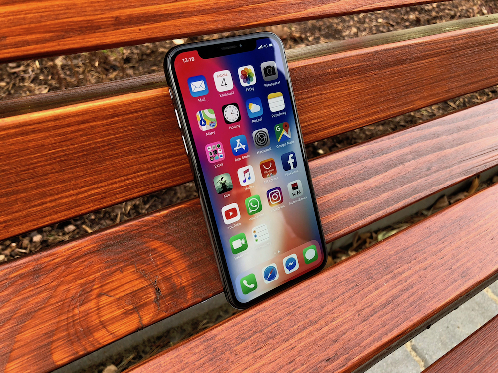 LSA iPhone X 3