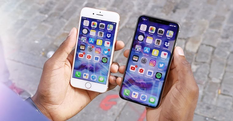 iPhone X vs iPhone 8 FB