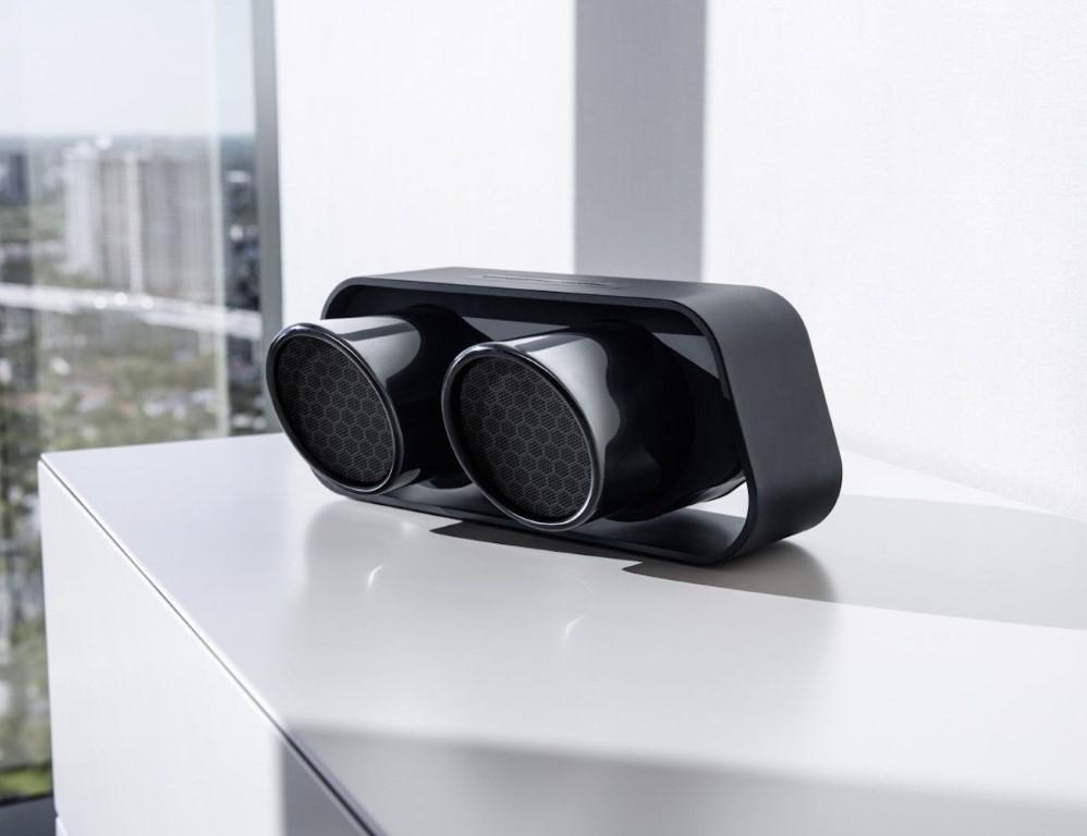 911_speaker_porschedesign (1)
