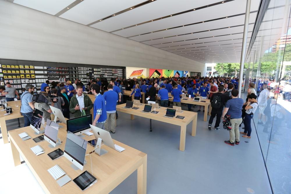 Apple Store zdroj Forbes