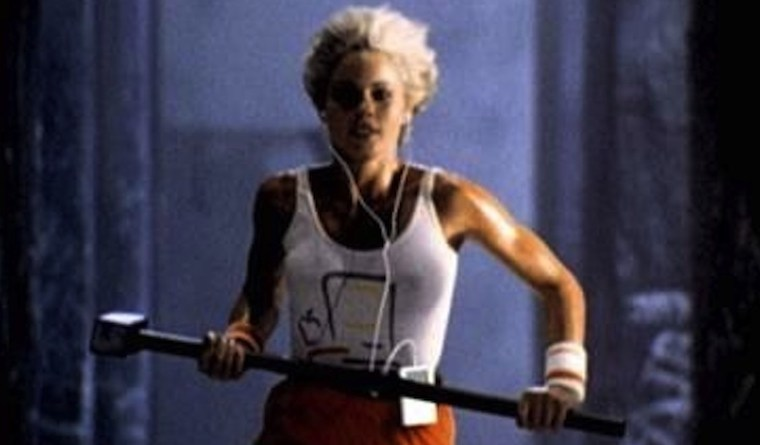 apple-1984-ad-woman-running