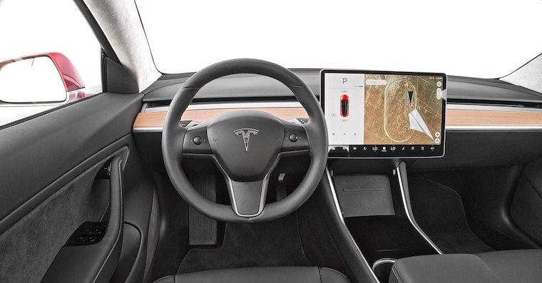 2017-Tesla-Model-3-dashboard