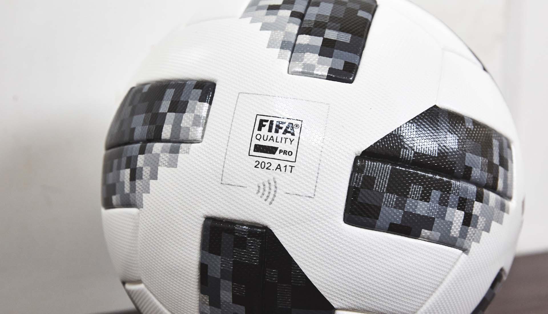 hi-vis-telstar-adidas-ball-nfc4