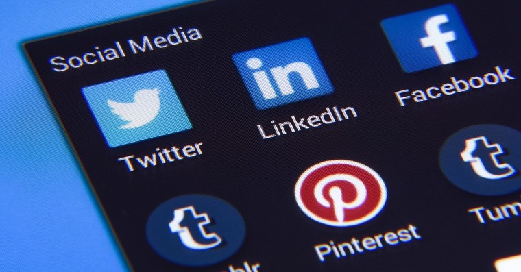 socialni site media fb