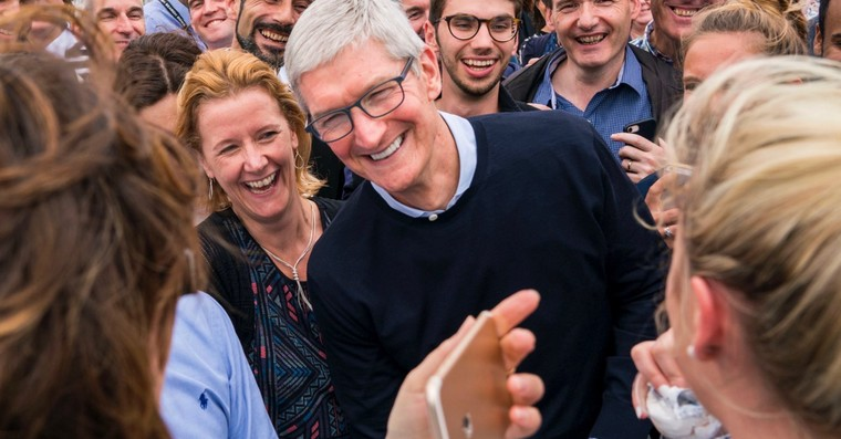 tim cook fb
