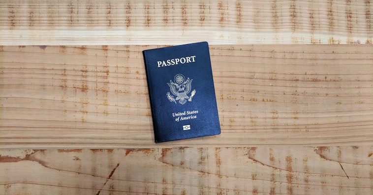 Passport fb Unsplash