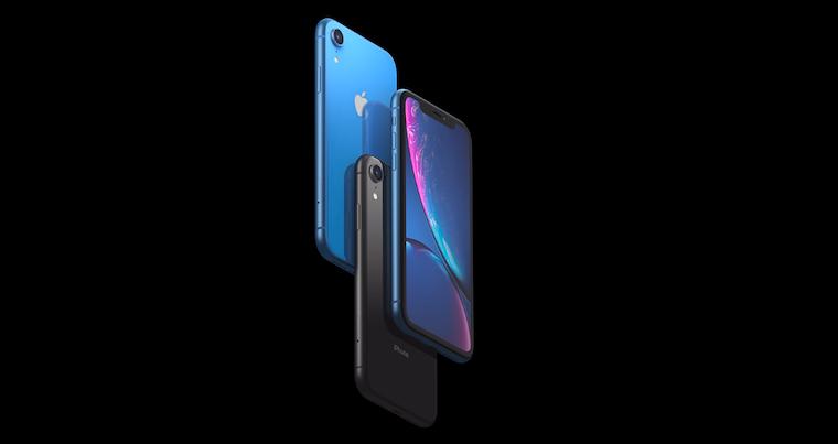 iPhony XR aXS kupují lidé méně než loňskou generaci jablečných telefonů ve stejném období