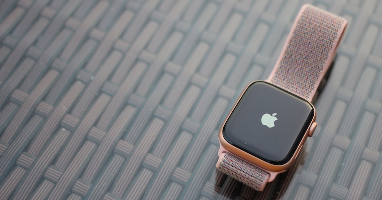 Apple-watch-gold-series-4