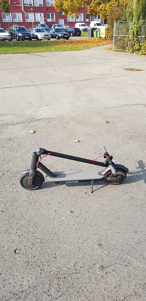 Xiaomi-Mi-Scooter12