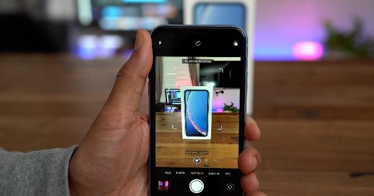 iPhone-XR-Portrait-Mode-fb