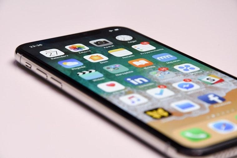 iPhone fb