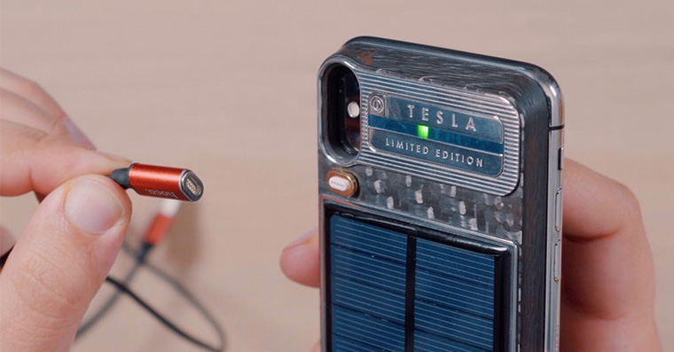 caviar-iphone-x-solarni-baterie
