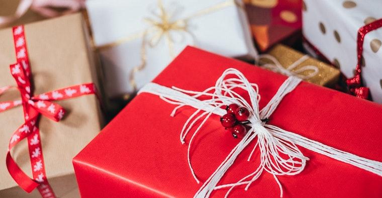 Christmas Gift fb