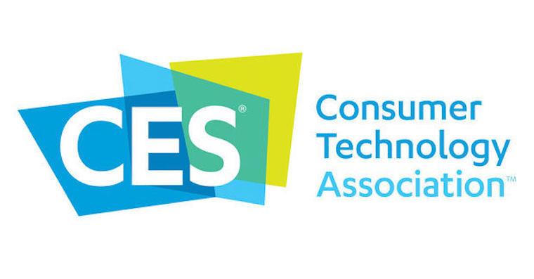 CES 2019 - den čtvrtý: Stůl na Pong, nositelná elektronika anotebooky budoucnosti