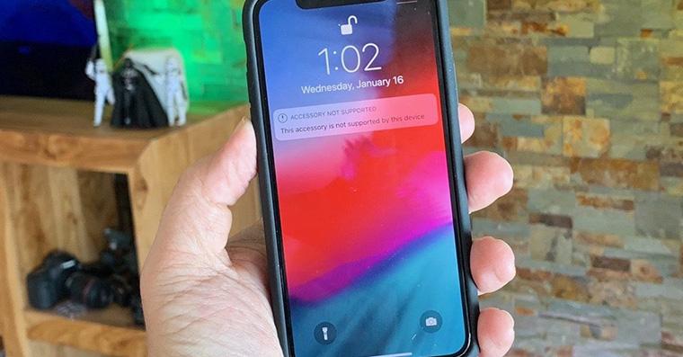 smart-battery-case-iphone-x-fb