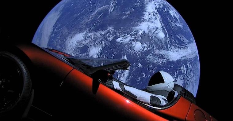 SpaceX_Heavy_Falcon_launch_Tesla_Roadster_11_800_600