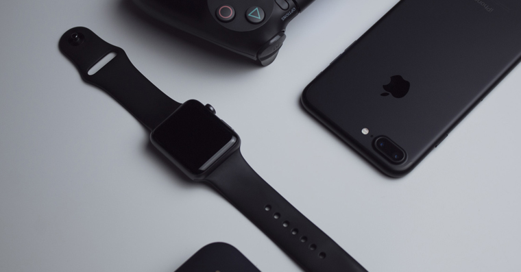 apple_watch_black_setup_fb