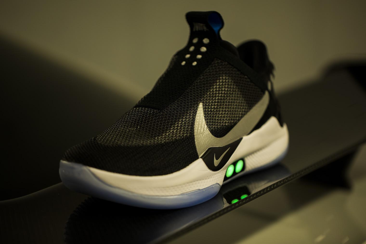 Nike Adapt BB boty