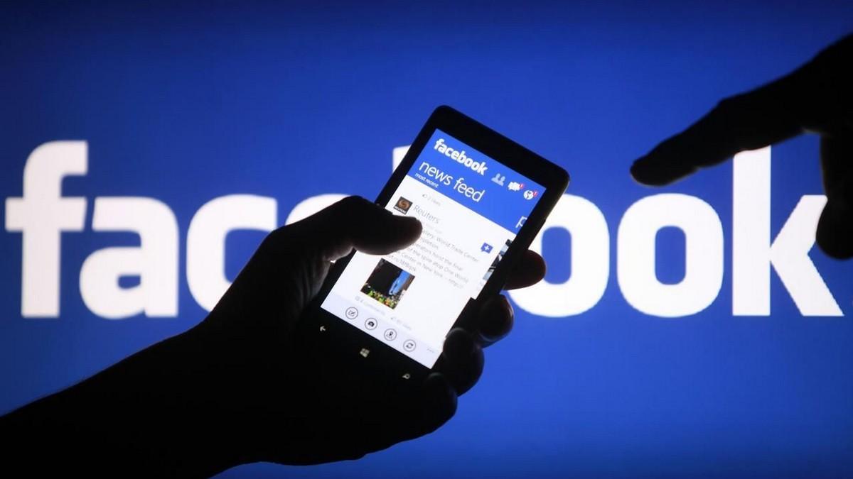 Facebook analyzuje příspěvky svých uživatelů