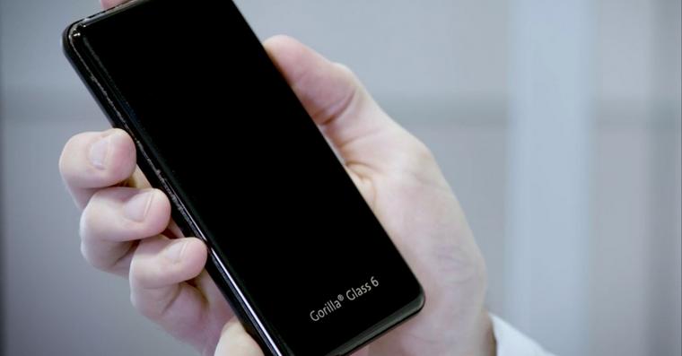 gorilla-glass-6-nerozbitny-iphone