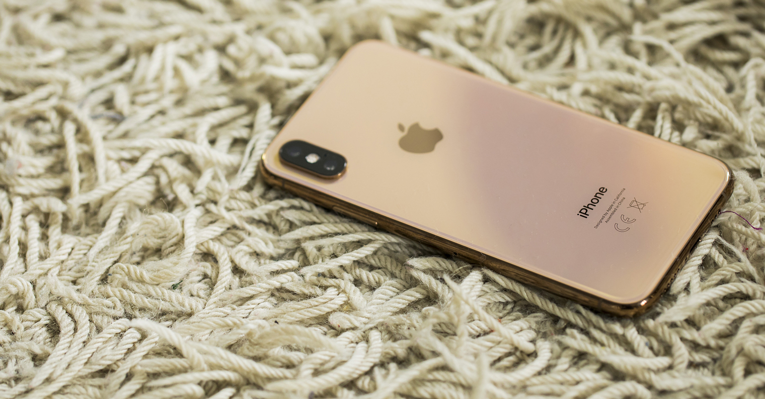 iPhone Xs rose gold