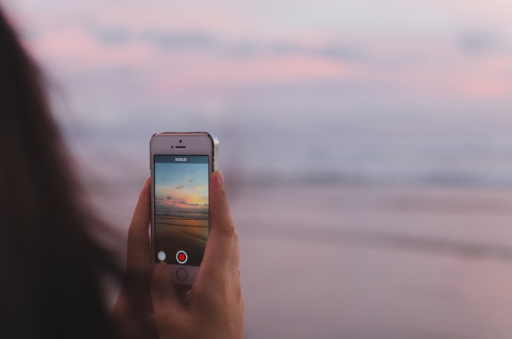 iPhone Beach Unsplash