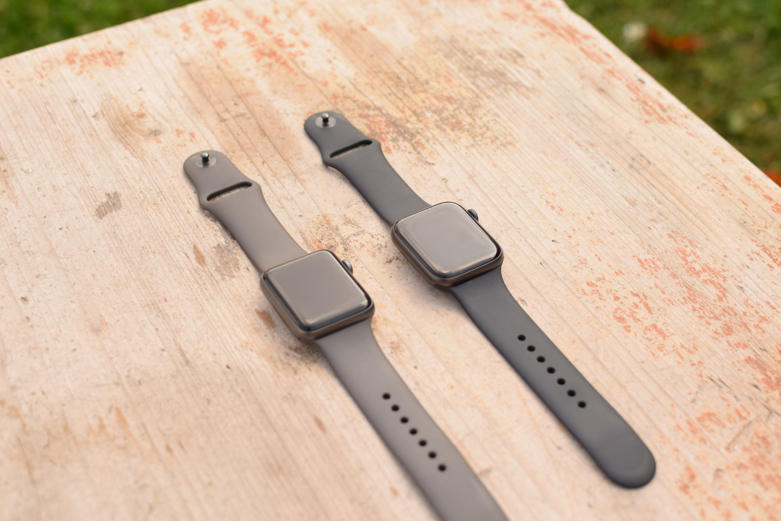 Comparison of Apple Watch Series 3 and Series 5