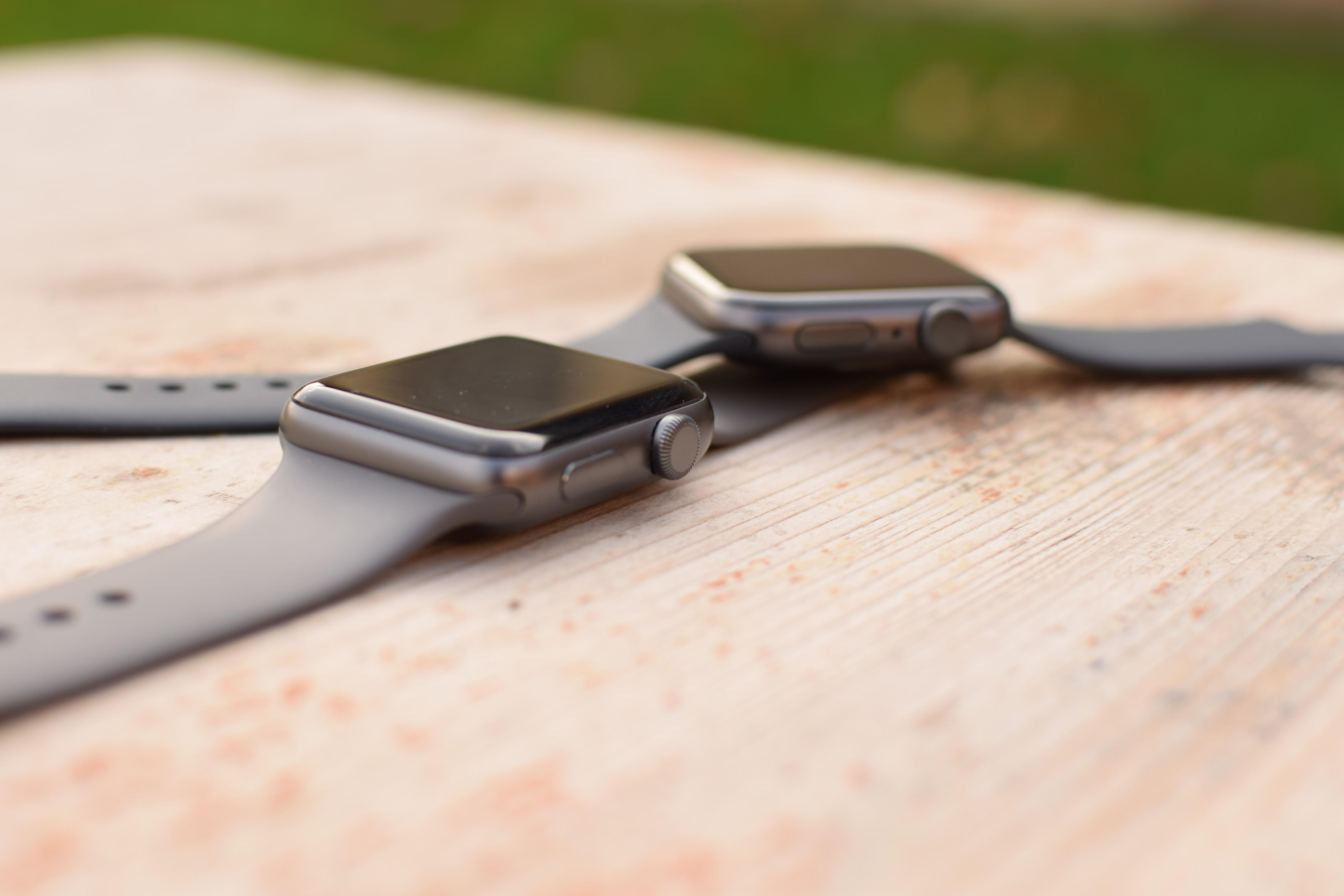 Porovnání Apple Watch Series 3 a Series 5