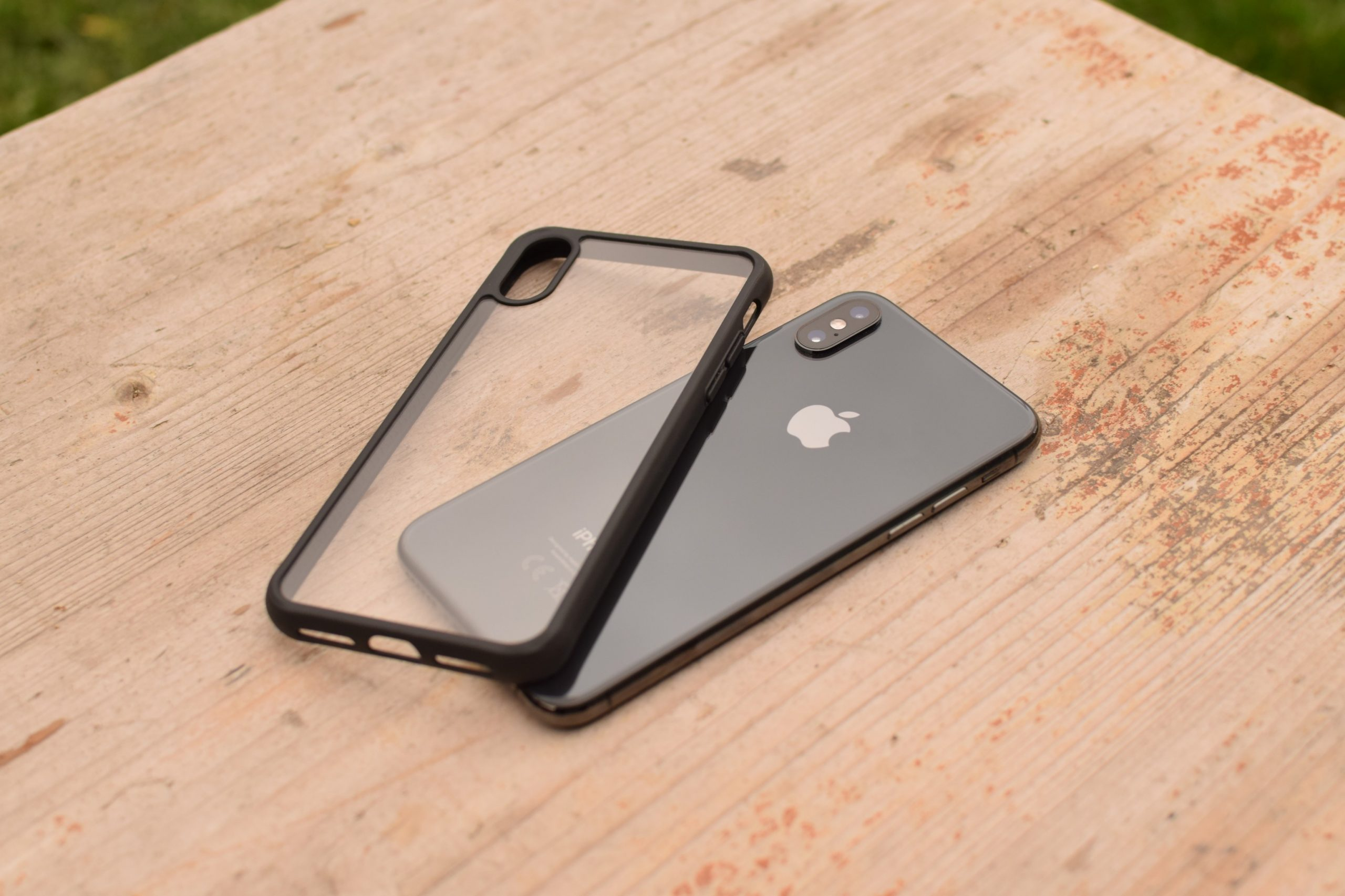 ClearCase Black Edition a iPhone
