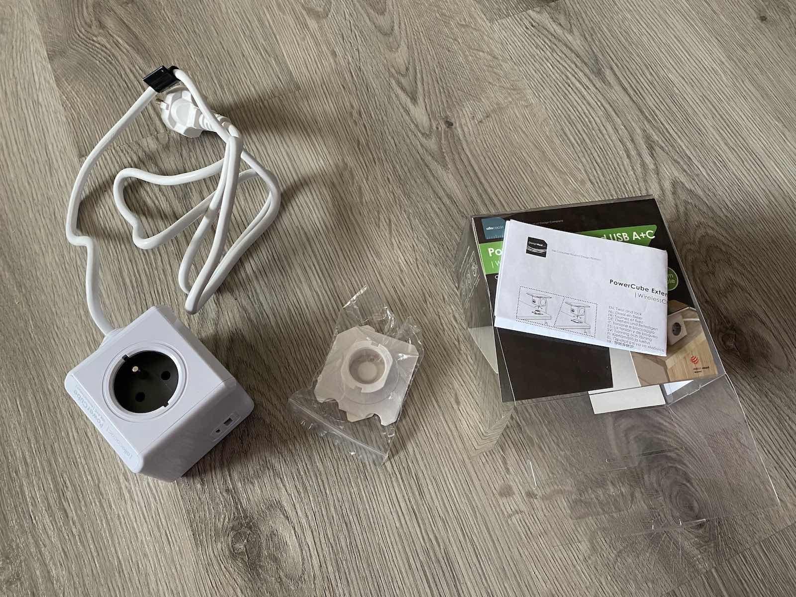 PowerCube WirelessCharger A+C – balení