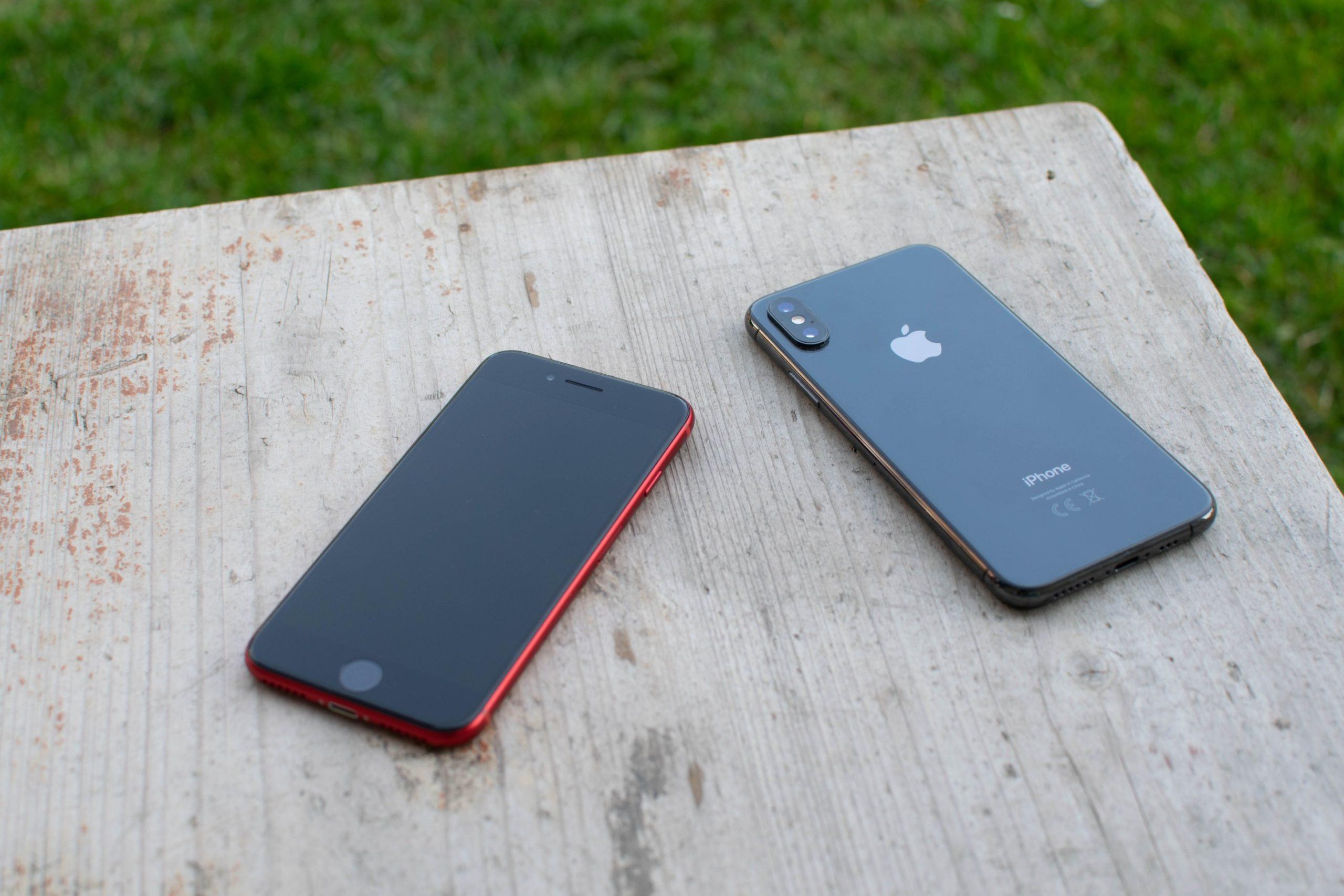 iPhone SE 2 a iPhone XS