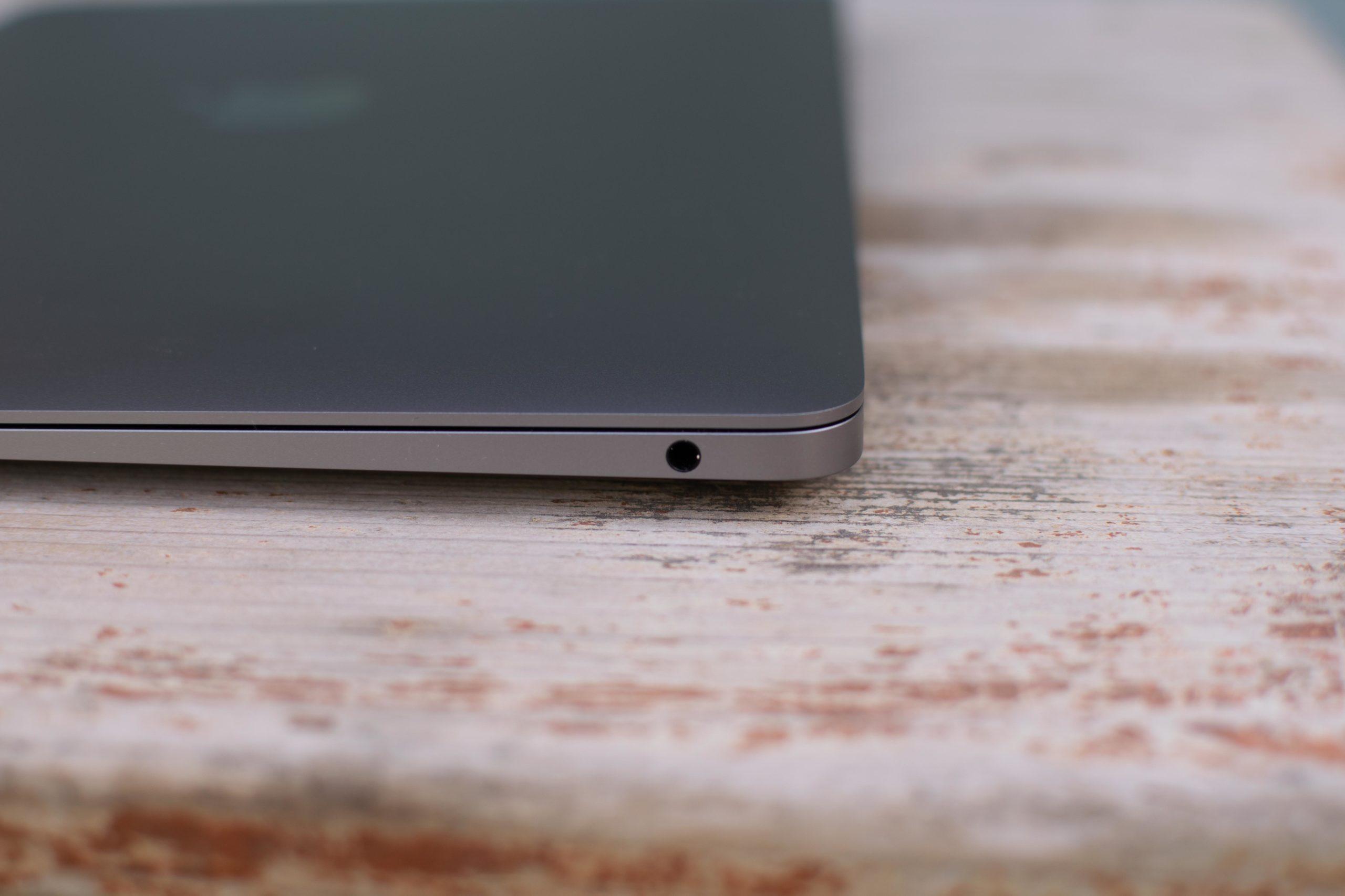 MacBook Air (2020) v redakci Letem světem Applem