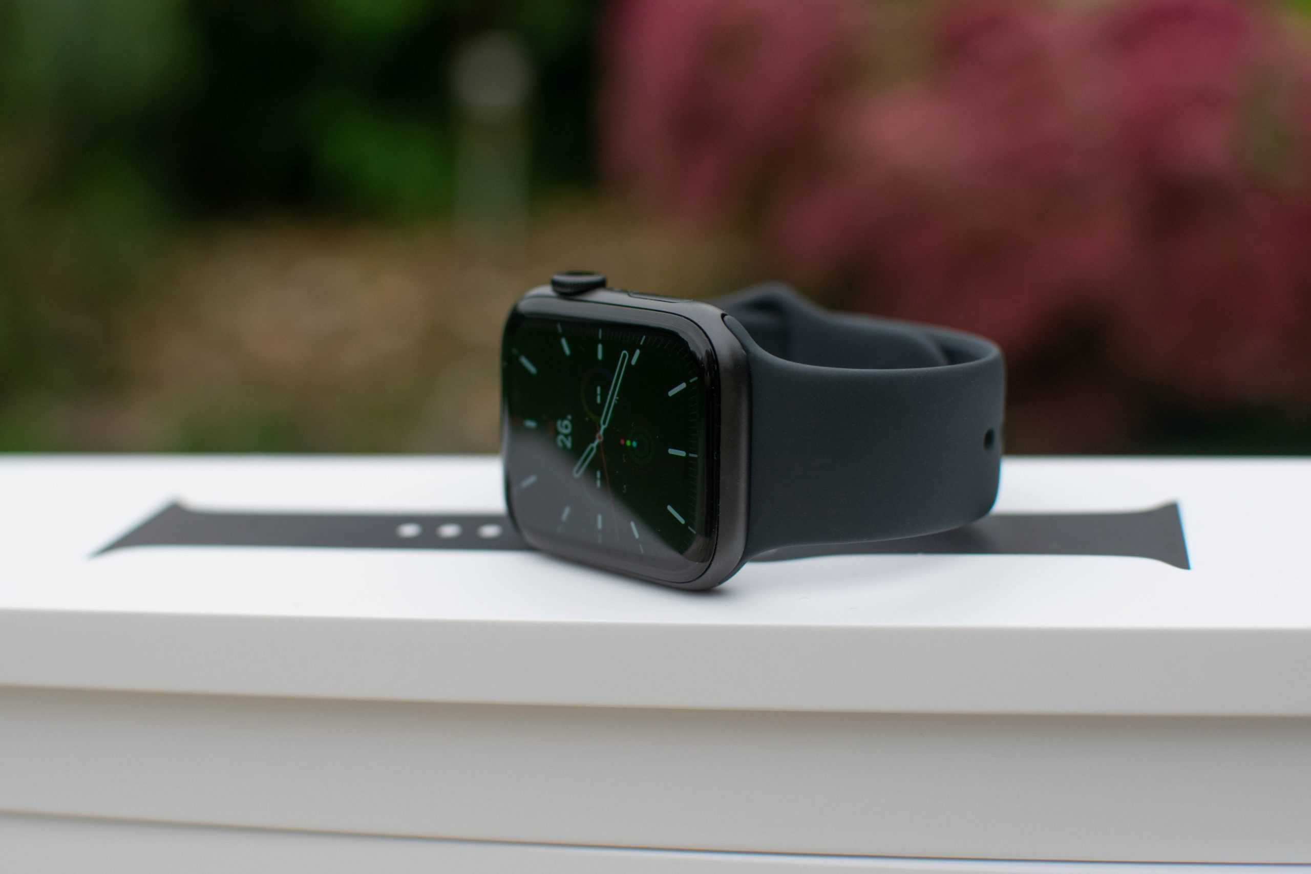 """Apple Watch Series 6 Review """"data-caption ="""" Apple Watch Series 6 Review """">               review apple watch series 6                       Review of the Apple Watch Series 6                                                                        <img class="""